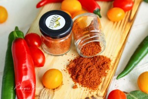 Spicy tomato powder
