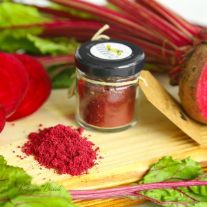 Beet and Provencal herbs powder