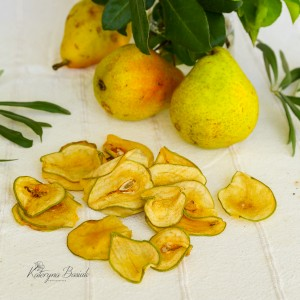 Dehydrated pear in slices